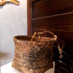 (10)D12 Old Basket
