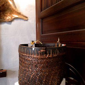 (8)D10 Old Basket